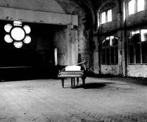 piano beelitz beelitzheilstätten photography abandoned